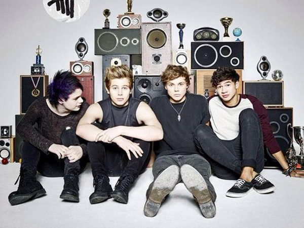 Dua Bulan Debut, Album 5 Seconds Of Summer Pecahkan Rekor Penjualan!