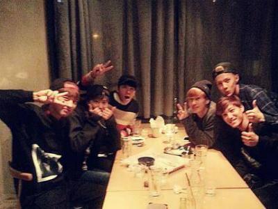 Jadi Junior yang Baik, EXO Traktir Makan Eunhyuk dan Donghae SuJu!