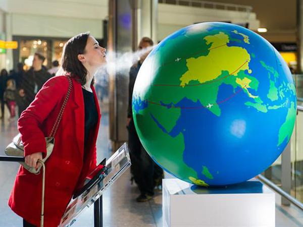 Bola Dunia di Bandara Inggris Ini Berikan Aroma Khas dari 5 Negara