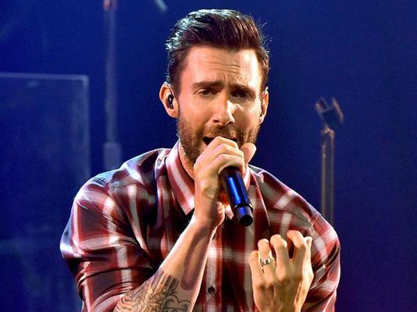 Diberi Kehormatan Tampil di Piala Oscar, Ini Kata Adam Levine Maroon 5