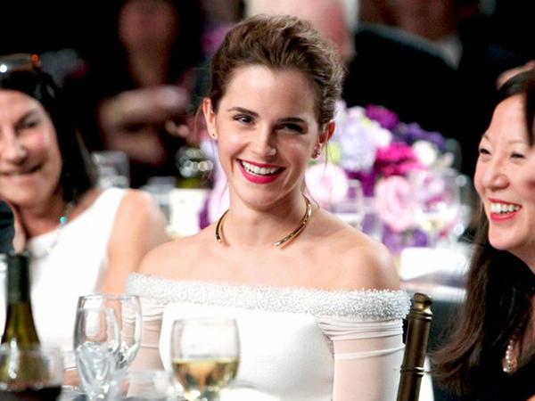 Wow, Emma Watson Dedikasikan Penghargaan 'Britannia Award' untuk Hamster