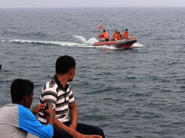 Korban Helikopter Hilang Di Sumatera Ditemukan Selamat Saat Terapung Di Danau Toba