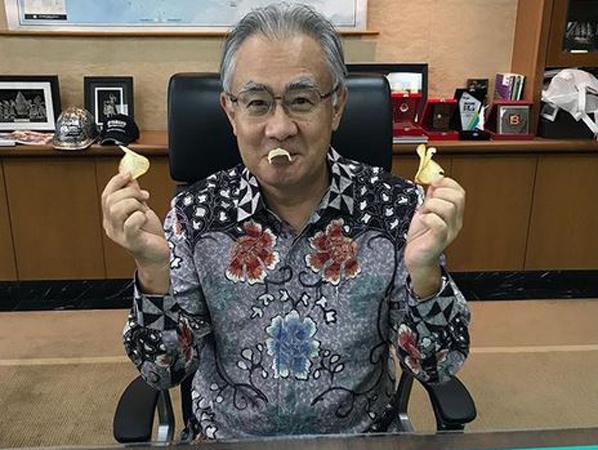 Cerita Dibalik Dubes Jepang yang Hobi Unggah Foto Makan dan Pose Lucu di Instagram