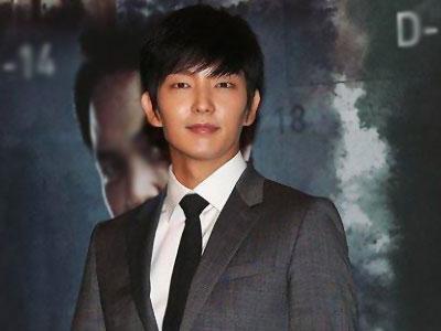 Harus Di Kubur Hidup-hidup, Lee Jun Ki Takut Syuting 'Two Weeks'?
