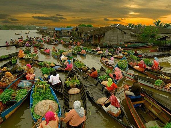 Rekomendasi Tempat Wisata di Banjarmasin untuk Solo Traveler Wanita