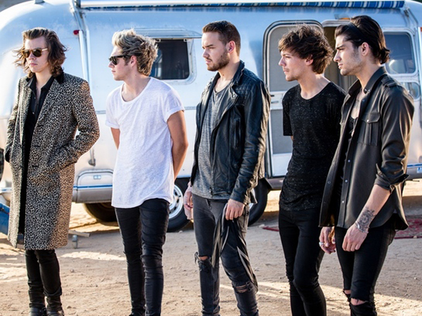 One Direction Biarkan Penggemar Dengarkan Lagu Bajakan Mereka?