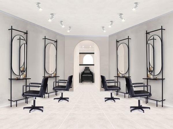 Salon Ini Sengaja Tidak Sediakan Cermin Bagi Pengunjung, Ini Alasannya!