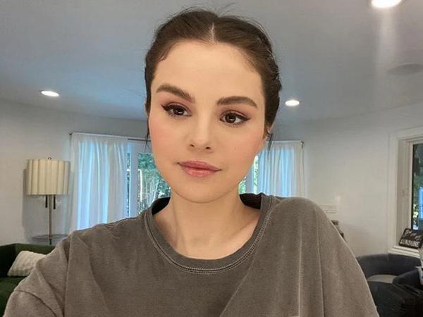 Transplantasi Ginjal Selena Gomez Jadi Guyonan Acara Sitkom, Produser Minta Maaf
