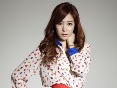 Isi OST Serial Drama, Suara Ballad Tiffany SNSD Dipuji Netizen!
