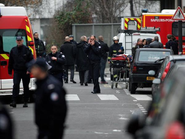 Ada Polisi Muslim Ikut Tertembak di Insiden Penyerangan Kantor Majalah Charlie Hebdo