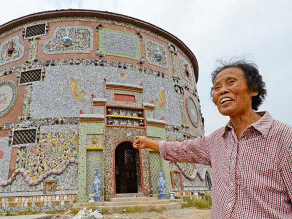 Megahnya Istana' Keramik Seharga 12 Miliar!