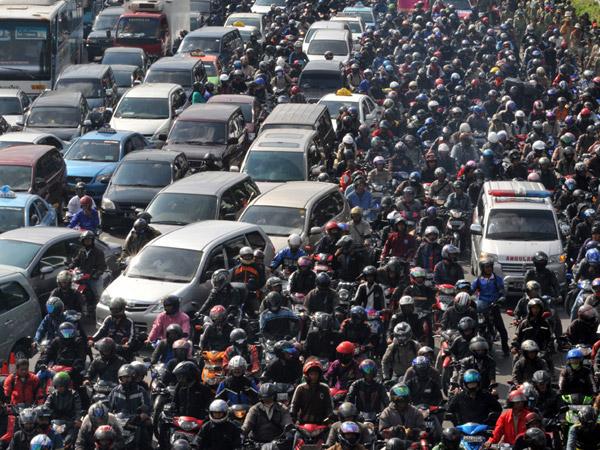 Peringkat Kemacetan Jakarta di Kelas Dunia, Berapa Lama Masyarakat 'Buang Umur' di Jalan Setahun?