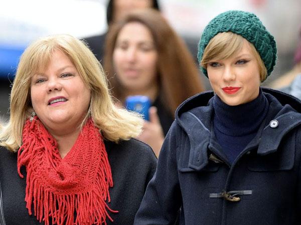 Ibunda Menangis di Sidang Kasus Pelecehan Seksual yang Menimpa Taylor Swift