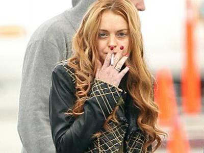 Lindsay Lohan Masuk Rumah Sakit Kena Infeksi Paru-paru
