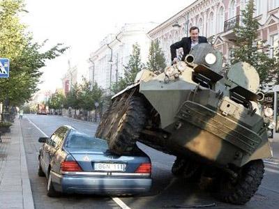 Di Lithuania, Parkir Sembarangan Akan Dilindas Tank