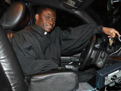 Wow, Di New York Ada Layanan Pengakuan Dosa Diatas Taksi