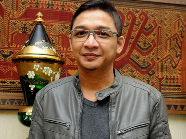 Dikritik Netizen Karena Baju 'Nyeleneh', Ini Komentar Pasha