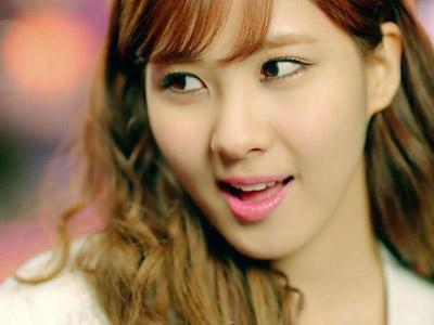 Seohyun SNSD Terpilih Sebagai Member Girl Grup dengan Wajah Paling Polos