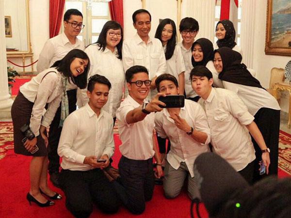 Banyak Faktor, Ternyata Anak Muda Indonesia Adalah Yang Paling Bahagia di Dunia