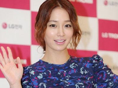 Lee Min Jung Jatuh Cinta Dengan Karakternya Dalam Drama Baru