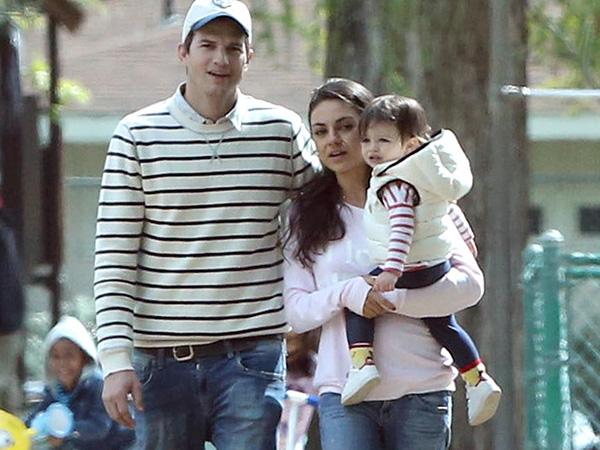 Dirahasiakan, Ashton Kutcher Malah Tak Sengaja Bocorkan Jenis Kelamin Anak Keduanya?