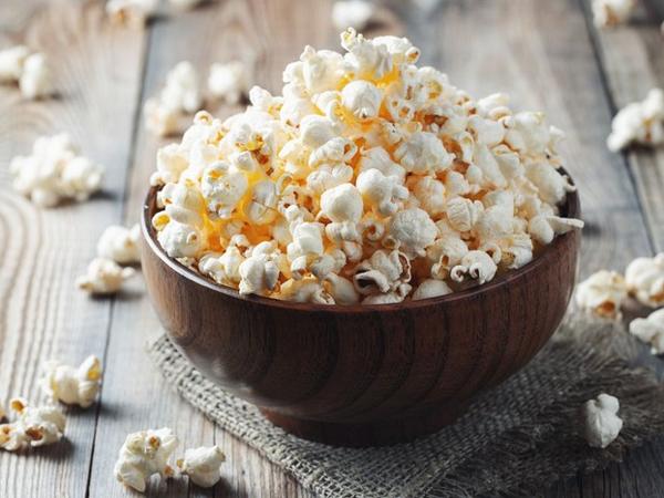 Ngemil Popcorn Ternyata Bisa Turunkan Berat Badan, Kok Bisa?