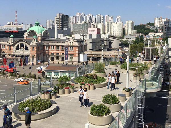 Ngabuburit di Tempat Unik Seoul yang Ingin Didatangi Rap Monster BTS
