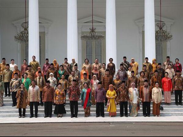 Meski Disebut Hoax, Ini Lho Susunan Kabinet Jokowi yang Bikin Heboh Jagat Maya