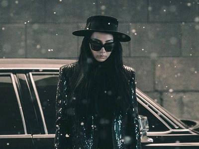 Fans Puji Keberanian CL 2NE1 Beradegan Tanpa Busana dalam MV 'Missing You'