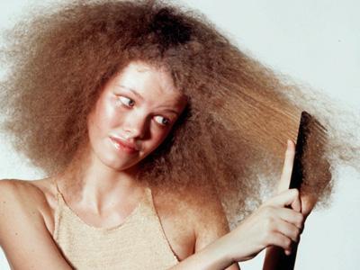 Atasi Masalah Rambut Kering Dengan Ramuan Pisang!