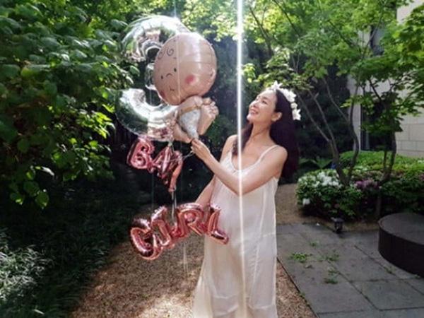 Choi Ji Woo Ungkap Jenis Kelamin Anak Pertama Serta Surat Manis untuk Para Calon Ibu
