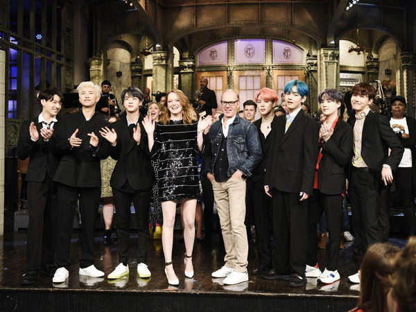 Tampil di SNL Bareng, Emma Stone Terpesona dengan BTS