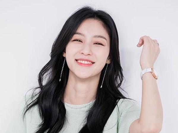 Kang Min Ah 'A-TEEN' Jadi Sahabat Moon Ga Young di Drama True Beauty
