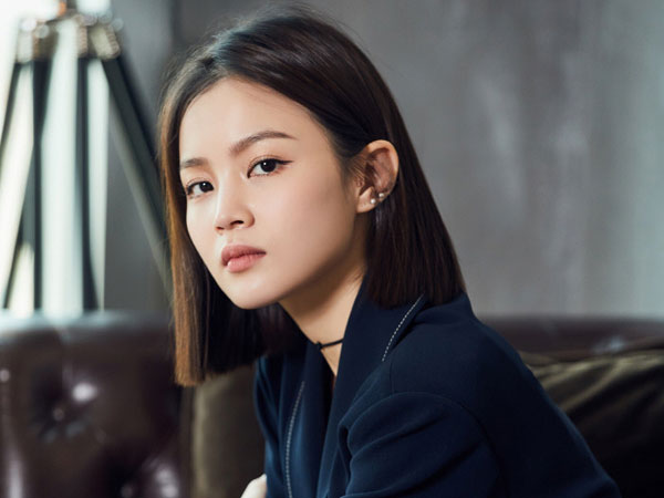 Pentingkan Fans, Lee Hi Tak Ingin Dipusingkan dengan Kontroversi YG Entertainment