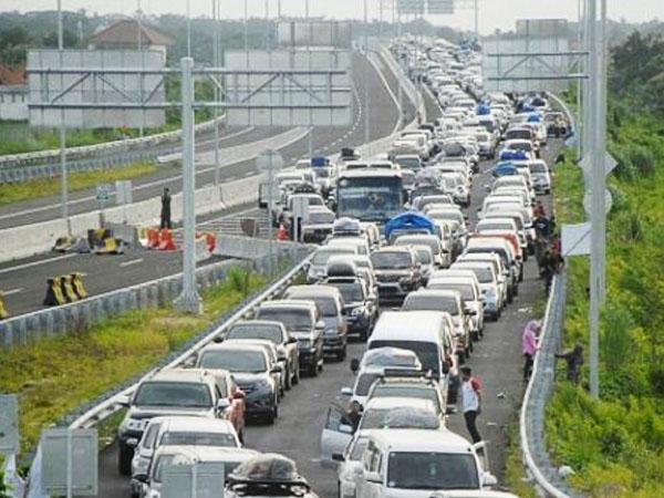 Arus Balik Lebaran, 150.851 Motor dan 13.401 Mobil Masuk Jabodetabek!