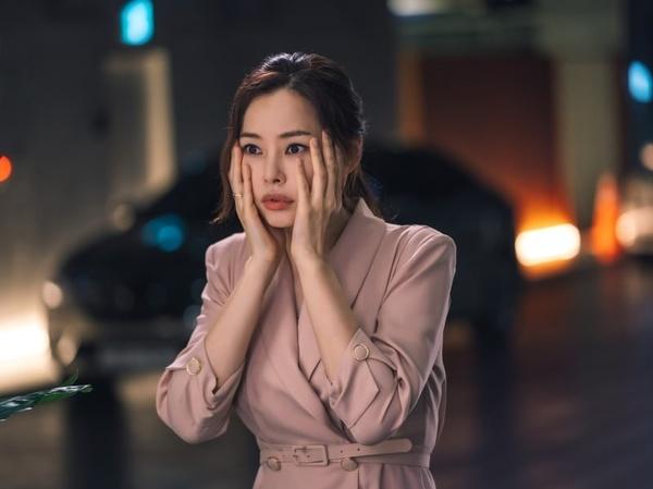 Review Drama 'One The Woman', Aksi Komedi Jaksa Amnesia Jadi Chaebol