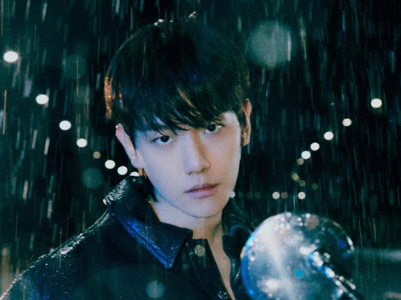 MV Review Baekhyun EXO - Bambi: Pesona Pria Misterius Seksi Menari di Bawah Hujan