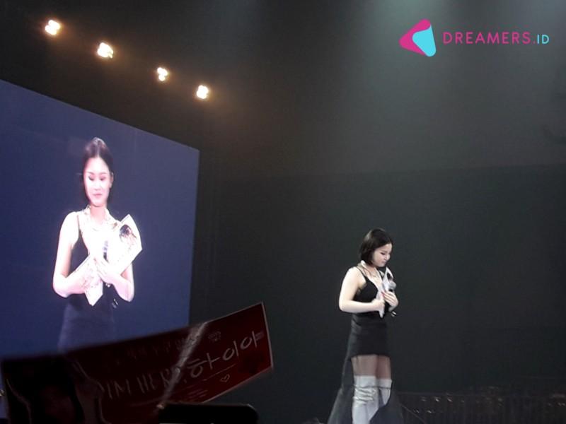 Tampil Memukau di Super K-Pop Festival Indonesia 2019, Lee Hi Dapat Kejutan Ulang Tahun