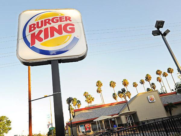 Heboh Burger King Minta Pelanggan Beli Makanan di McD Hingga Warteg