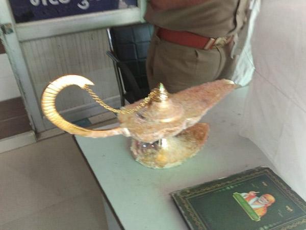 Cerita Dokter Tertipu Lampu Ajaib Aladdin Seharga Rp 4,8 M