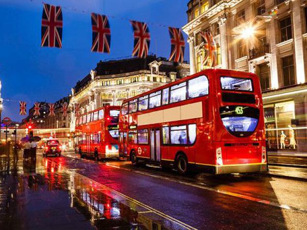 Yeay! Indonesia Akan Bebas Visa Berkunjung Ke Inggris!