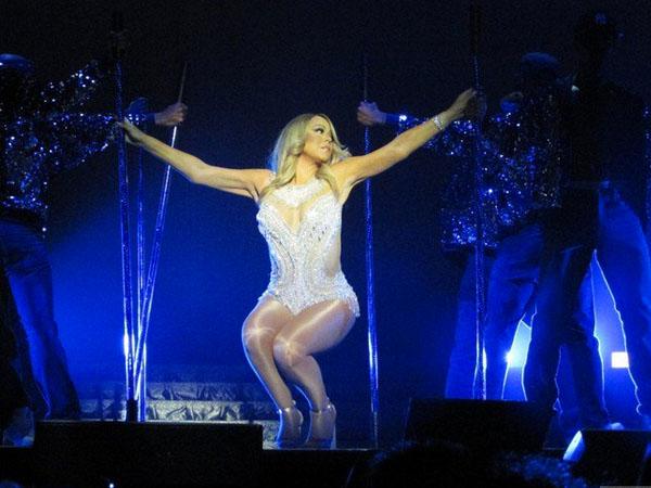 Wow, Mariah Carey Asuransikan Pita Suara dan Kaki Hingga Rp 920 Miliar!