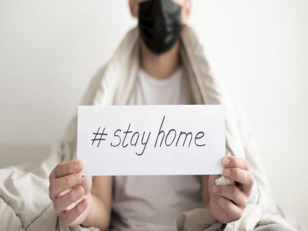 Alasan Penting Tetap Disarankan Pakai Masker Saat di Rumah