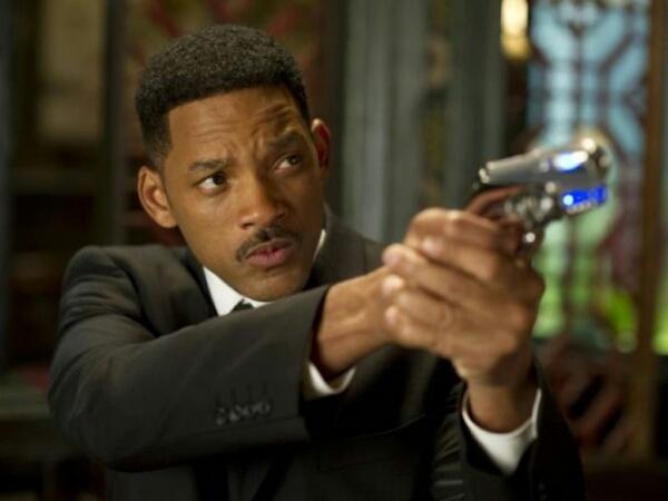 Konfirmasi Reboot 'Men In Black' Jadi Trilogi, Will Smith Tidak Akan Kembali