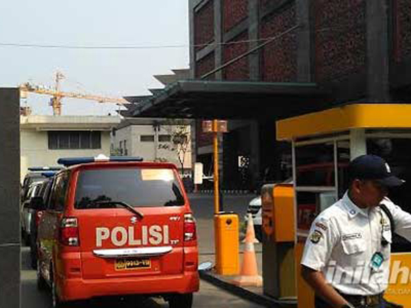 Ternyata Ruangan Komisaris Bank MNC Ditembak 2 Kali