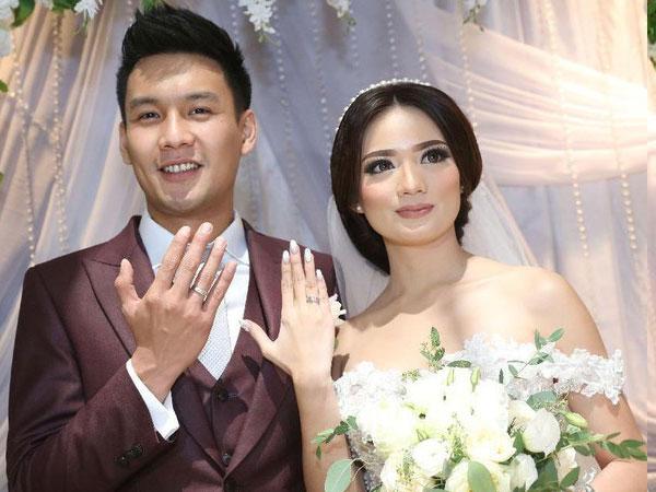 Intip Manisnya Pernikahan Stella Cornelia Mantan Member 'JKT48' dan Fendy Chow