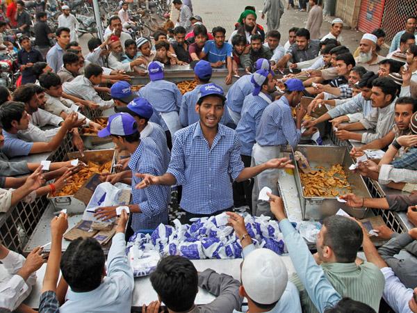 Intip 'Ritual' Unik Selama Ramadhan di Negeri Yang Terkenal Sebagai Zona Perang Ini