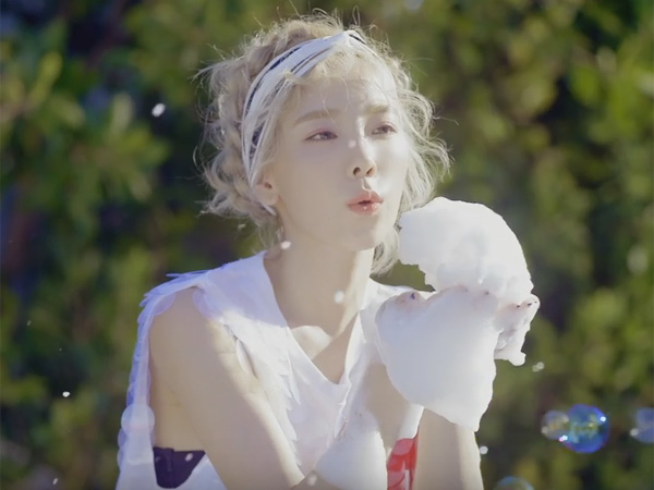Akhirnya Rilis, Taeyeon Asyik Nikmati Musim Panas California di Video Musik 'Why'