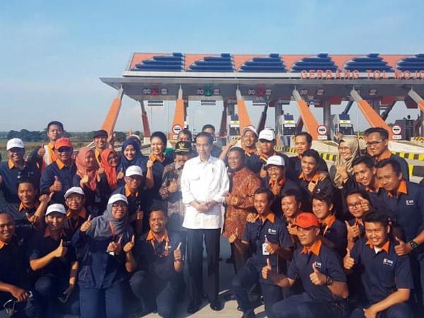Mengintip Tol Mojokerto-Jombang yang Diresmikan Jokowi Setelah 20 Tahun Terbengkalai