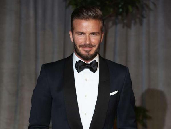 Kejutkan Fans dengan Eyeshadow Hijau, David Beckham Akan Ulangi Prediksi Tren Fashion?